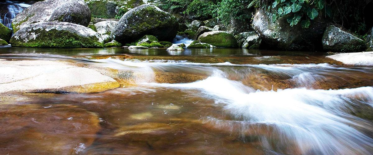 3-agua-limpa-cachoeira